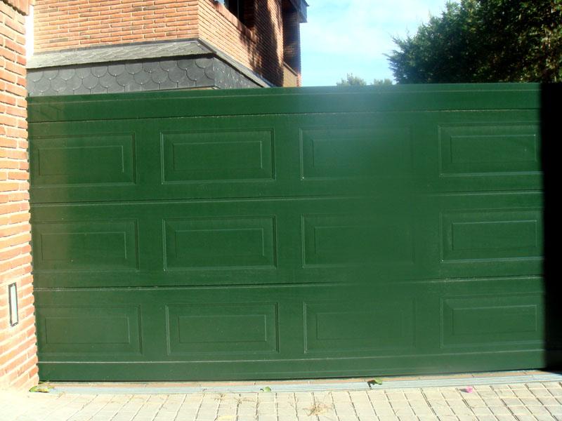 Instalaci n de puertas de parking y garaje maber puertas for Puertas y automatismos