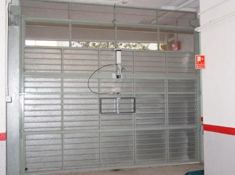 Automatismos puertas parking y garaje maber - Automatismo puerta basculante ...